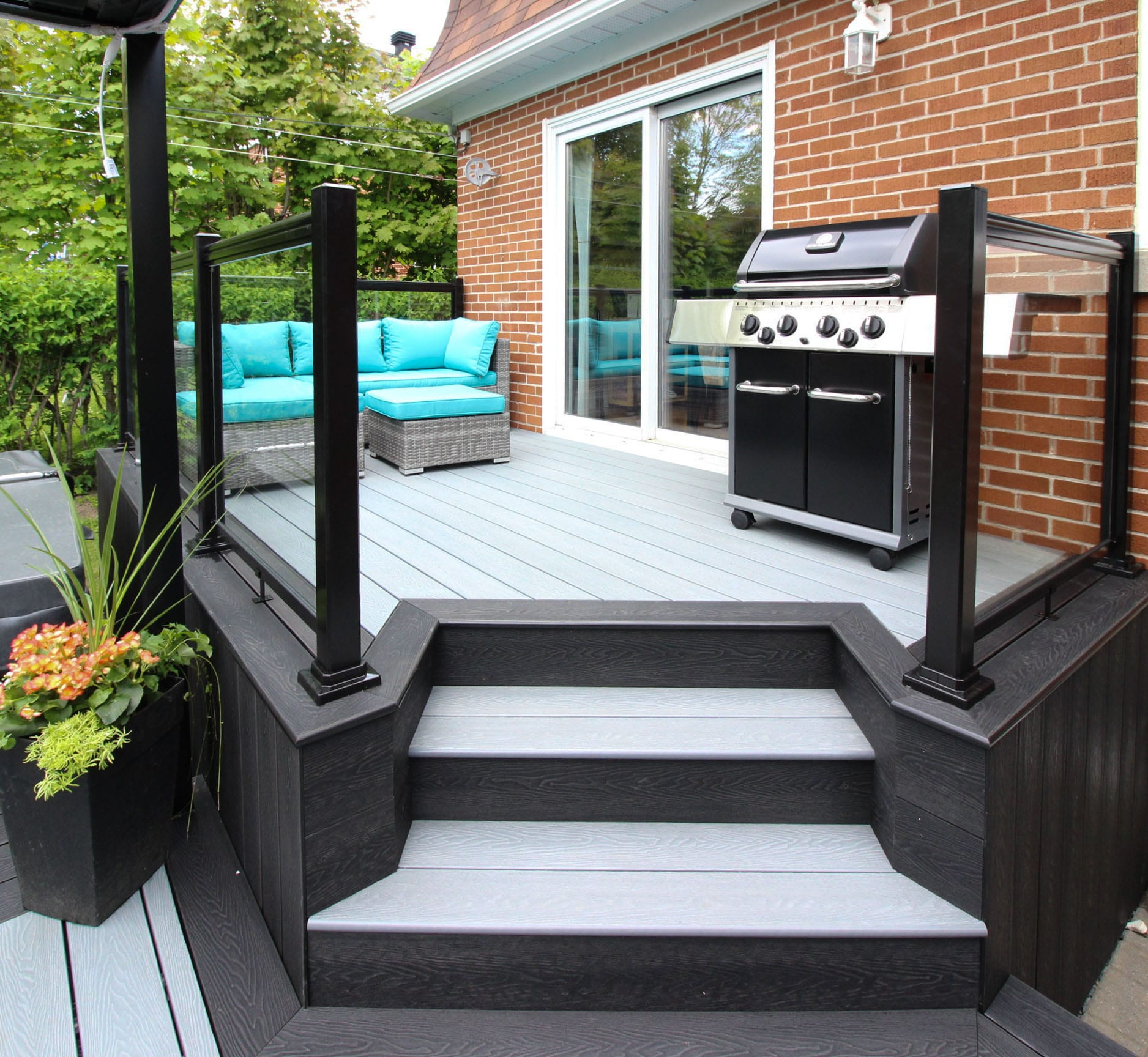 Composite Decks Montreal