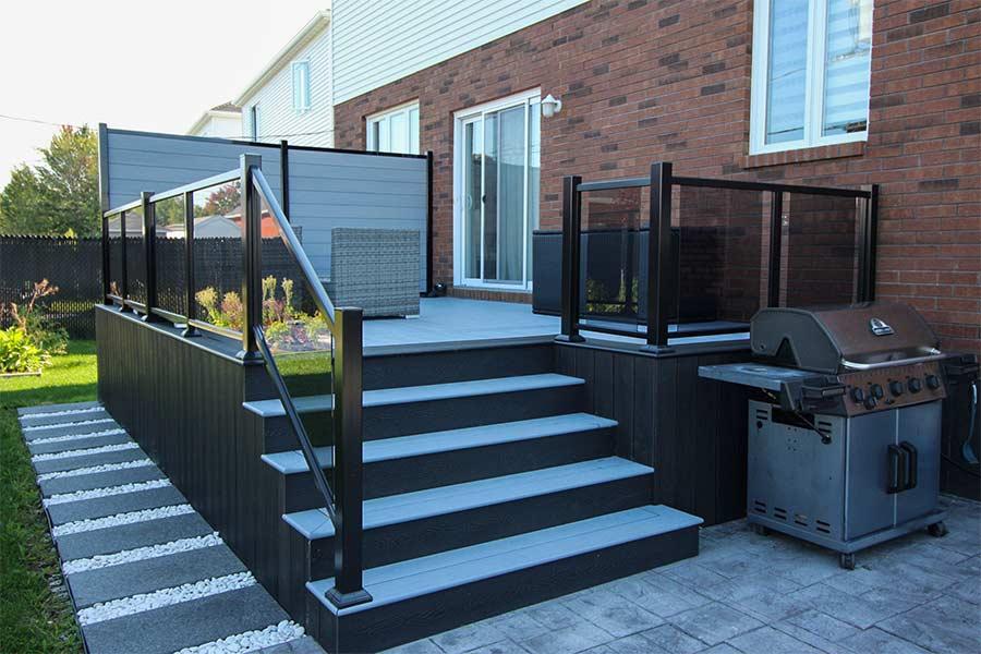 Panneaux muraux composite plastio composite montreal for Revetement pour patio
